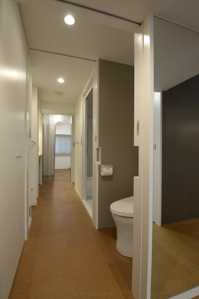 SASOトイレ1.JPG