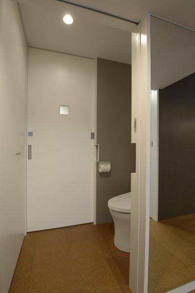 SASOトイレ3.JPG